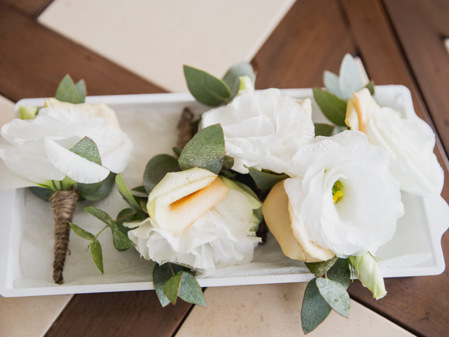 Sabine et Vincent et Les Préparatifs des fleurs du mariage